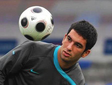 Arda Turan es presentado como nuevo jugador del Atlético de Madrid