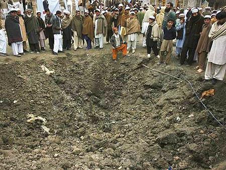 Los talibanes declaran un alto al fuego en Pakistán
