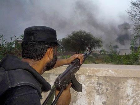 Los talibanes atacan el palacio presidencial en Afganistán