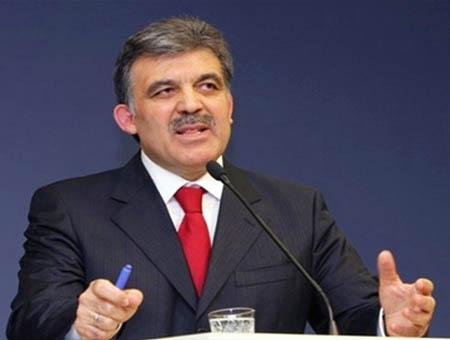 El presidente turco advierte del peligro de una nueva Guerra Fría por la crisis en Ucrania