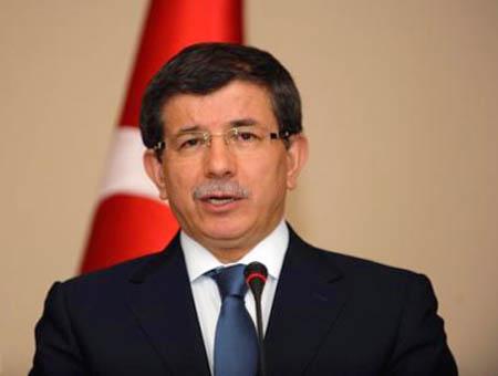 El ministro de exteriores turco viaja a Kiev en medio de las tensiones en Ucrania