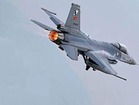 Se estrella un caza F-16 en el sureste de Turquía