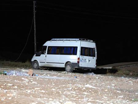 Imagen del autobús en el que viajaban los profesores secuestrados el martes en Elazığ