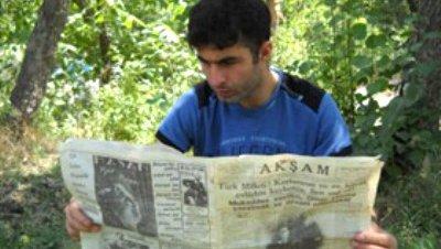 Encuentra en una cueva un periódico de 1938