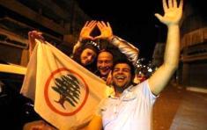 Líbano da la espalda a Hezbolá y elige un gobierno pro-occidental