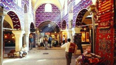 Una exhibición recorre la historia del Gran Bazar