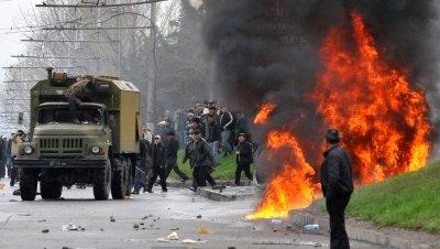 Kirguistán reconoce al menos 2.000 muertos por las revueltas