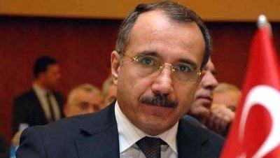 Omer Diner ministro trabajo Turquia