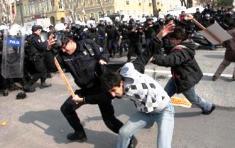 PROTESTAS EN ESTAMBUL POR EL INICIO DEL FORO MUNDIAL DEL AGUA