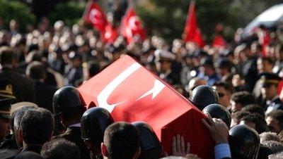 Último adiós a los soldados muertos en Hakkari̇