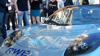 El deportivo eléctrico de Tesla llega a Estambul