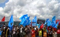 PROTESTAS EN ESTAMBUL CONTRA LA MUERTE DE UIGURES EN CHINA, QUE ERDOĞAN CALIFICA DE