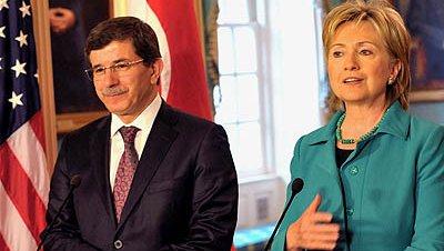 Clinton pone a Turquía como el ejemplo a seguir por los países árabes