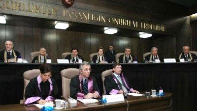 El Tribunal Constitucional ilegaliza el DTP