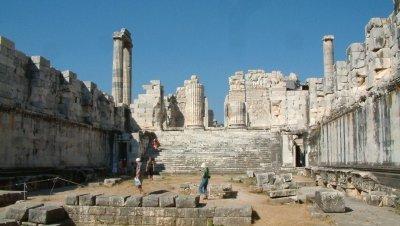Nuevos descubrimientos en el Templo de Apolo en Dídima