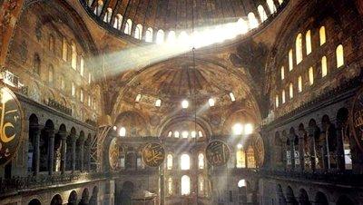Santa Sofía dice adiós a los andamios