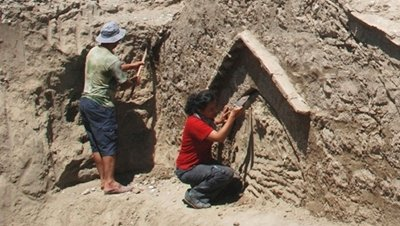 Descubren un singular fresco en Demre
