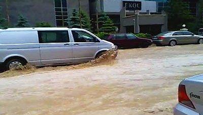 Las lluvias y el granizo causan graves inundaciones en Ankara