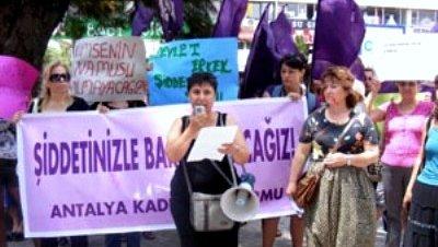 Protestas en Turquía en el Día contra la Violencia de Género