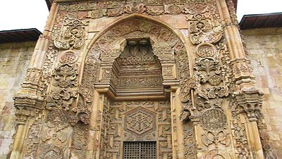 La histórica Gran Mezquita de Divriği, Patrimonio de la Humanidad, en peligro
