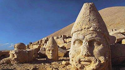 El santuario de Nemrut Dağı