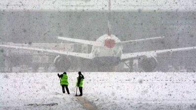 Nevadas aeropuerto londres