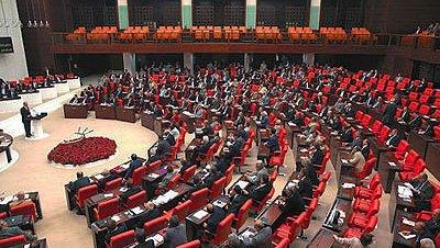 Una comisión del parlamento turco investigará los casos de racismo y xenofobia en Europa