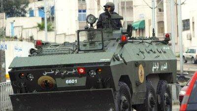 Soldados disturbios tunez