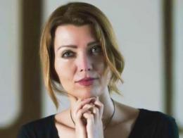 Elif safak escritora turca