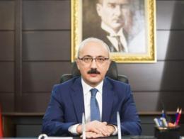 Lutfi elvan ministro turco