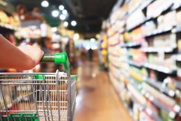 Supermercado compra productos