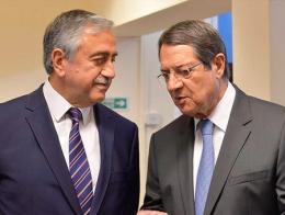 Mustafa Akıncı y Nikos Anastasiadis