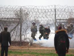 Grecia policia frontera refugiados