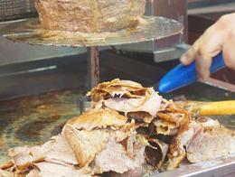 Comida doner kebab carne