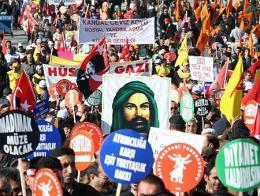 Manifestacion comunidad alevi