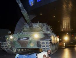 Golpe estado protesta tanques