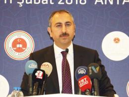 Abdulhamit gul ministro turco