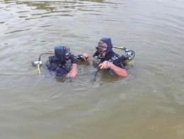Buceadores rescate