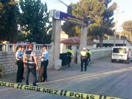 Manisa tiroteo cuartel gendarmeria