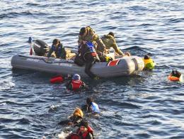 Aydin rescate guardacostas inmigrantes