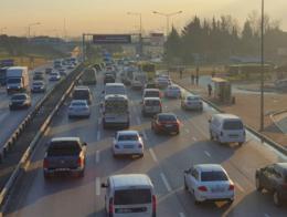 Una de las principales vías de entrada y salida a la ciudad de Bursa
