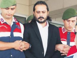 Izmir emrah serbes condenado