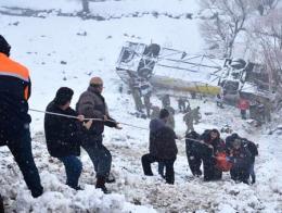 Mus accidente autobus nieve
