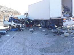 Van accidente colision minibus