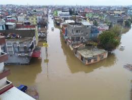 Adana lluvias torrenciales inundaciones