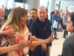 Estambul insultos pasajera personal aeropuerto