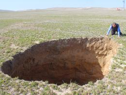 Konya agujero gigante tierra
