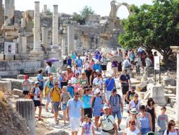 Efeso ruinas turistas