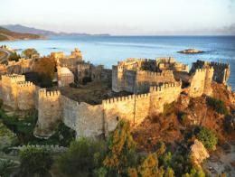 Imagen del castillo de Mamure en Mersin
