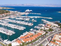 Izmir cesme puerto ferry